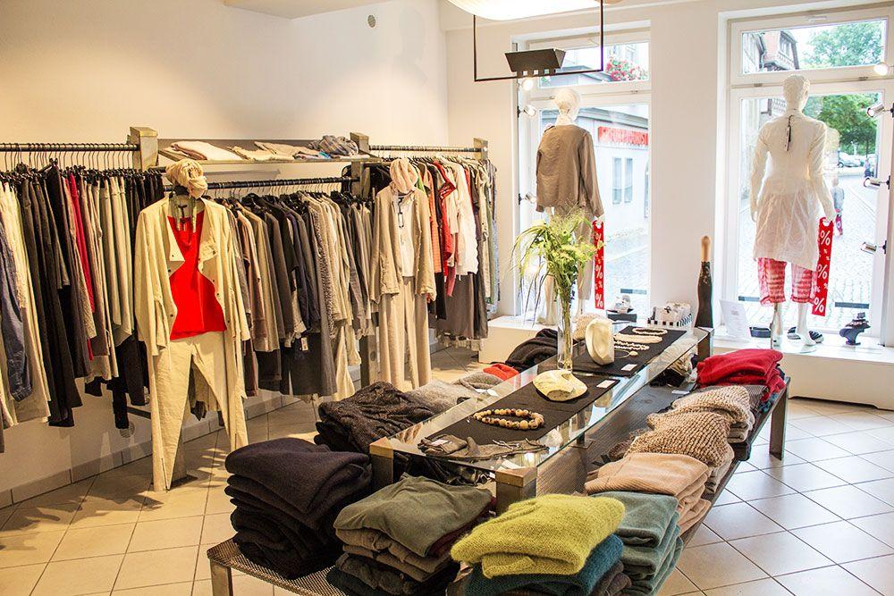 47ed3f0469ee2f Damenmode und Designerkleidung - Die Avantgarde in Erfurt